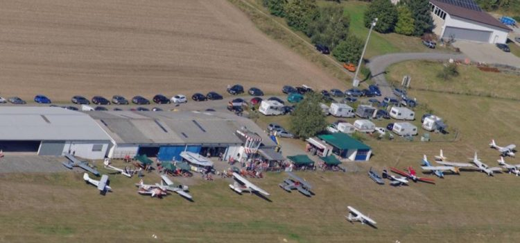 Flugplatzfest Hölleberg